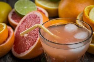 Pomelo-toronja-limón-jugo